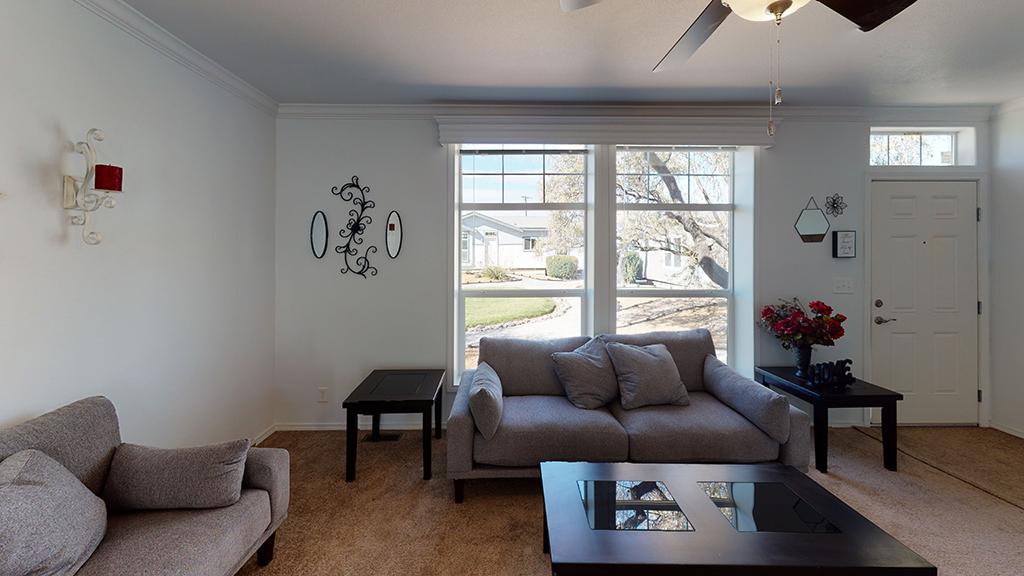 27-X-76-Big-Tex-Living-Room