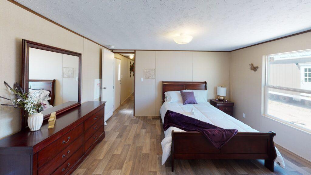 Glory-Bedroom-scaled