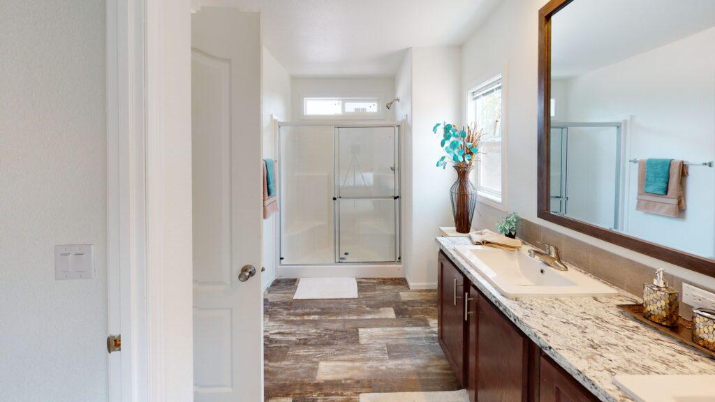 Apollo-Bathroom-scaled
